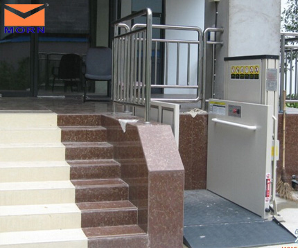 outdoor-wheelchair-lift